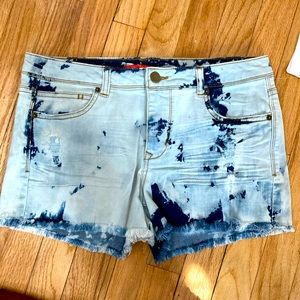 Chelsea & Violet cropped distressed shorts S 28